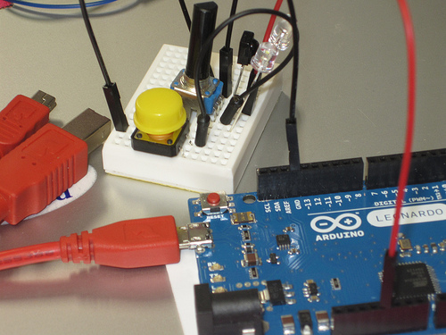 http://blog.crashspace.org/wp-content/uploads/2013/02/introtoarduino.jpg